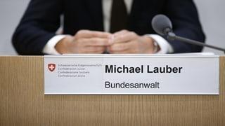 Bundesanwalt Lauber steht der GPK Red und Antwort