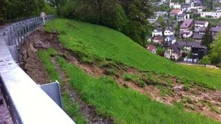 Im Aargau geraten wegen des Regens Hänge ins Rutschen
