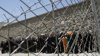 Afghanische Regierung gesteht Folter von Gefangenen ein