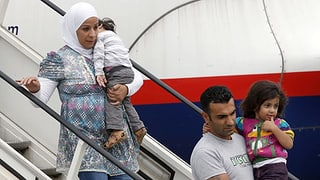 Heimatreisen für Flüchtlinge nur bei schwerwiegenden Ereignissen