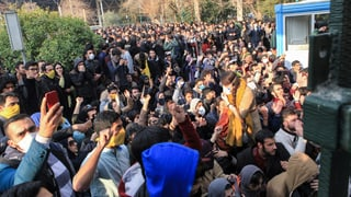 Iran: Dus morts tar ils protests cuntinuants cunter il reschim
