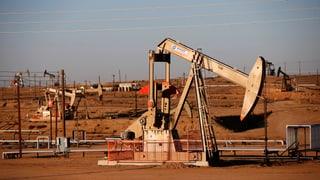 Kampf um Vorherrschaft im Ölmarkt lässt Preise fallen