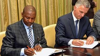 Nigeria: Burkhalter regelt Rückgabe von Abacha-Geldern