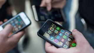Mehrheit der Schweizer würde mit Prepaid günstiger telefonieren
