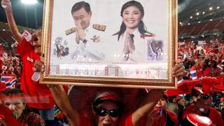 Thailand tanzt nach Thaksins Pfeife