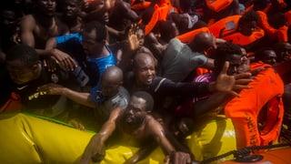 Macron und Merkel wollen Asylanträge in Afrika prüfen lassen