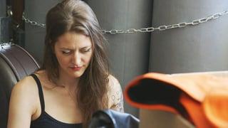 Video «Warum die Sängerin Bianca Mayer an ihren Engadiner Wurzeln hängt» abspielen