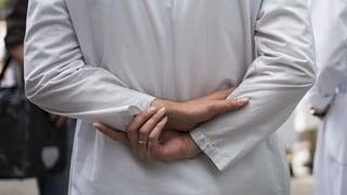 Das kassieren Ärzte an Hirslanden Kliniken (Artikel enthält Video)
