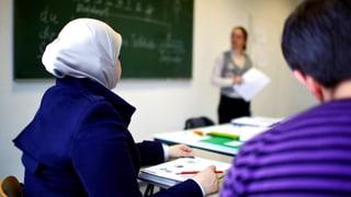 Arbeit für Flüchtlinge: Was der Bund tut, um Flüchtlinge in den Arbeitsmarkt zu integrieren
