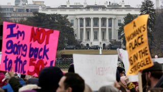 Weltweit marschieren Hunderttausende  gegen Trump