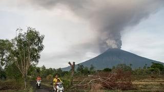Indonesia – alarm pervia da vulcan Agung a Bali
