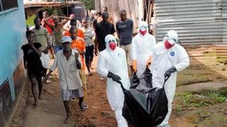 Liberia: Tausende stecken sich täglich mit Ebola an