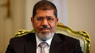 Mursi baut seine Macht aus