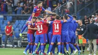 Mit Kampf und Emotionen: Basel setzt sich gegen Eindhoven durch