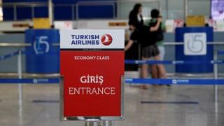 Uss è er il persunal da la Turkish Airlines pertutgà