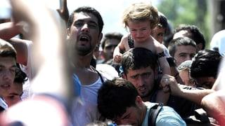 Eine Völkerwanderung auf dem Weg durch Serbien