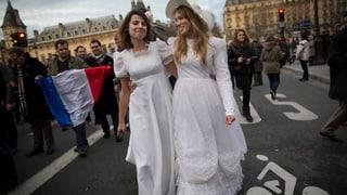 Französischer Senat stimmt für Homo-Ehe