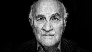 Egon Holländer hat den Holocaust überlebt. Lesen Sie hier, wie er seine Erlebnisse verarbeitet hat und weshalb er eine düstere Zukunft prophezeit.