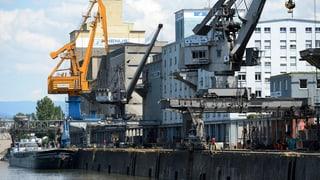 Basler Hafen: Zoll und Grenzwache im Einsatz