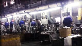 Missstände in Fabriken: So schuften Chinesen für unsere Pfannen
