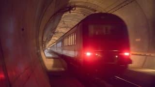 Seit der Eröffnung im letzten Dezember fuhren täglich 10'000 Passagiere und total 17'000 Güterzüge durch den Tunnel.