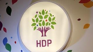 HDP setzt ihre Mitarbeit im türkischen Parlament aus
