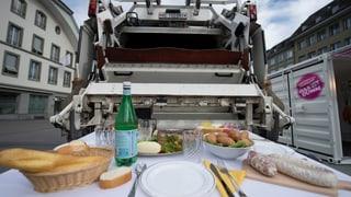 Schweizer verschwenden jährlich 2 Millionen Tonnen Lebensmittel