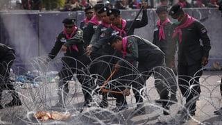 Bangkoker Polizei öffnet alle Absperrungen