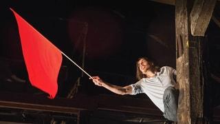 Temporeiches Theater zeigt eine zerrissene Schweiz