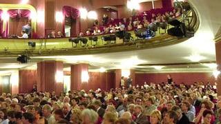 Schauspielhaus eröffnet die neue Spielzeit mit einem Feuerwerk