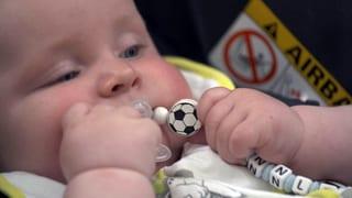 Video «Fussball-EM – und die Welt spinnt!» abspielen