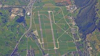 Flugplatz Buochs erhält neuen Tower und neue Hangars