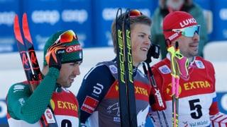 Tour de ski 1 – Klaebo gudogna a Tschierv