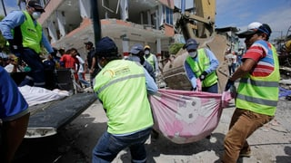 Hunderte Tote: Schwerstes Erdbeben in Ecuador seit Jahrzehnten