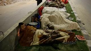 Allein Nepal zählt mehr als 1450 Todesopfer nach Erdbeben