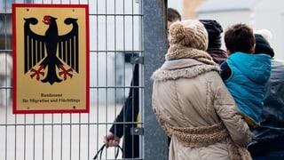 Einführung von Flüchtlingsausweis in Deutschland