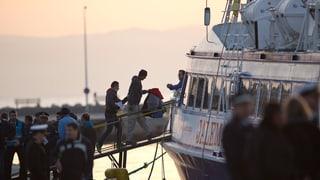 Emprims fugitivs per la Germania - auters turnan en Tirchia