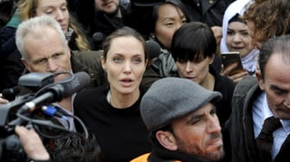 Angelina Jolie besucht Flüchtlinge in Griechenland
