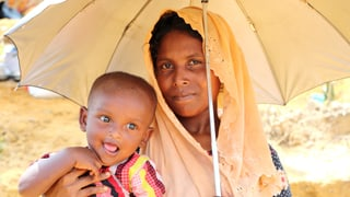 Die Glückskette sammelt für Frauen in Not