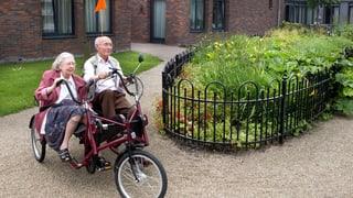 Leben im Dorf des Vergessens: Neue Form der Demenzpflege