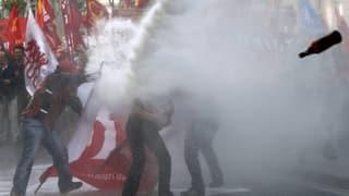 Europa demonstriert, streikt und randaliert