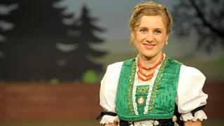 Video «Unterwegs mit Geigenkoffer und Skischuhen: Mirena Küng» abspielen