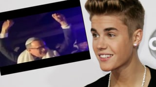 Justin Bieber macht auf Paparazzo: Tom Hanks beim Feiern gefilmt
