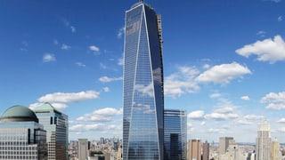 Verrückt: Basejumper springen nachts von New Yorker Wolkenkratzer