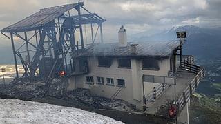 Flem: Incendi destruescha staziun da muntogna Cassons