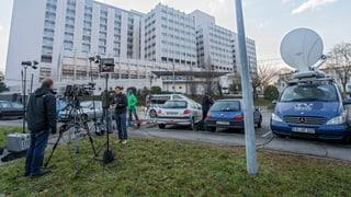 Journalisten-Autos vor Schumacher-Klinik weggewiesen