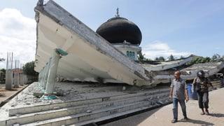 Dutzende Tote und Verletzte in Indonesien