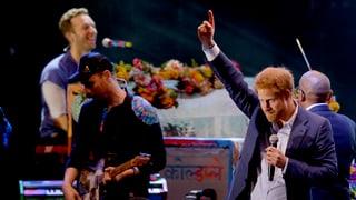 Harry trifft auf Coldplay: Hier rockt der Prinz die Bühne