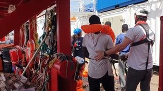 Migranten der «Ocean Viking» dürfen von Bord
