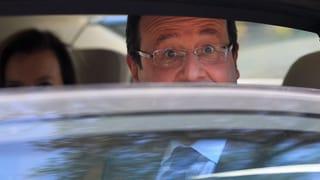 Hollande kämpft mit Pflastern gegen die Krise